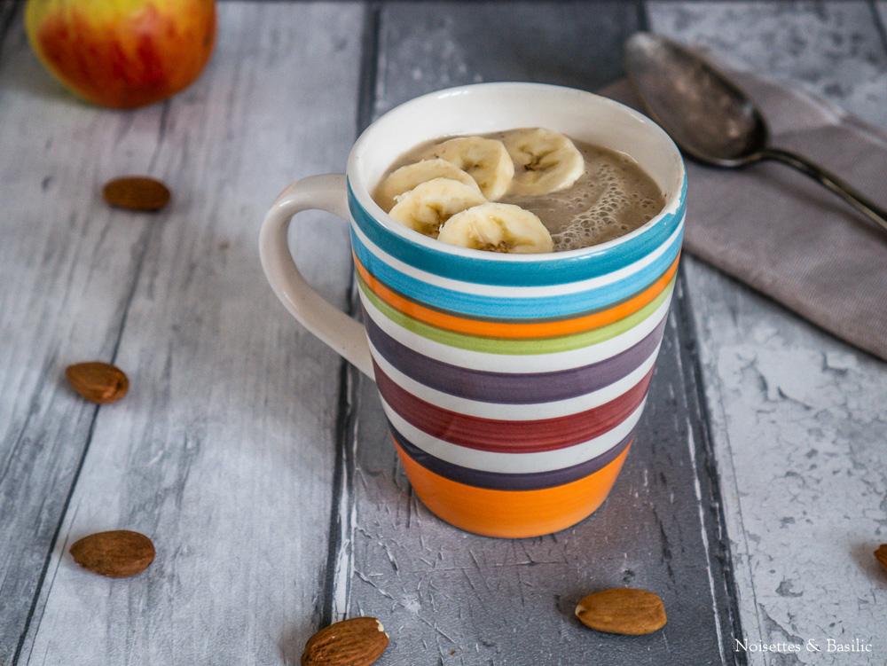 Et si tu faisais une soupe de fruits pour ton petit dej quand les températures sont glaciales ?